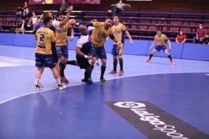 Un instante del encuentro entre BM Benidorm y Blasgon y Bodegas Ceres VdA / Edwin Van't Hek